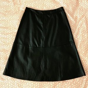 🆕Forever21-Faux Leather A-Line Black Skirt